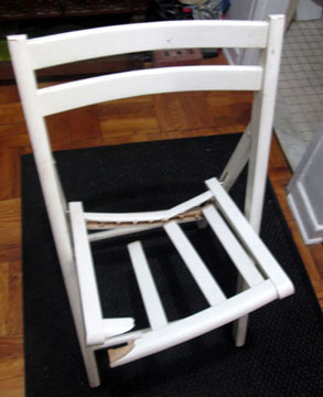 Chair_Broken